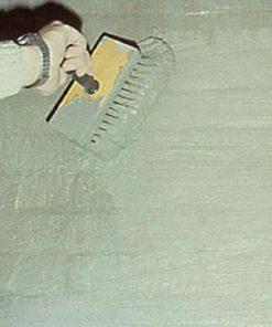AQUA-STOP applying slurry with brush